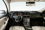 Volvo V40 T3 152ps Inscription Winter Pack Auto